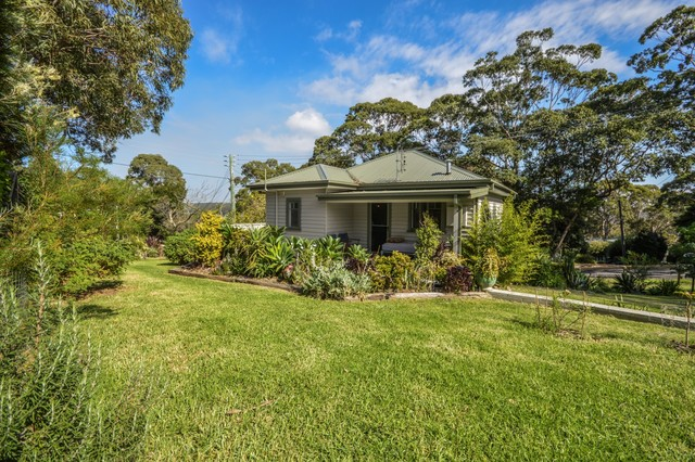 2 Jutland Avenue, Tuross Head NSW 2537