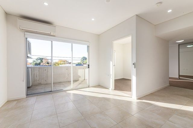 4/2 Young Street, NSW 2038