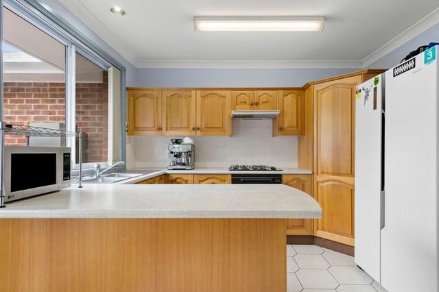 2/2 Desreaux Close, Eleebana NSW 2282