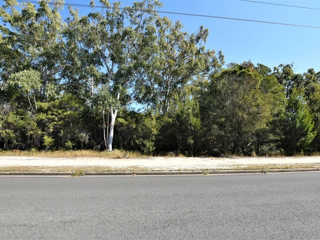 182 Centre Rd, Russell Island QLD 4184