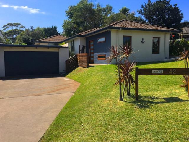 42 Anker Avenue, Mollymook Beach NSW 2539