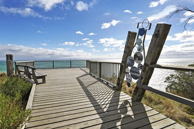 30 panoramic terrace clifton springs real estate for sale for 5 clifton terrace winchester b b