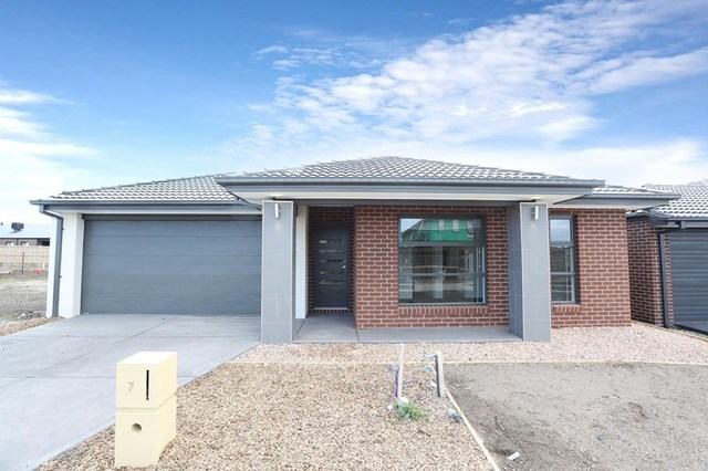 7 Browning Street, Diggers Rest VIC 3427