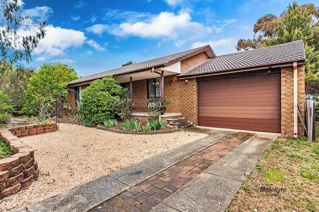 24 Heagney Crescent, Chisholm ACT 2905
