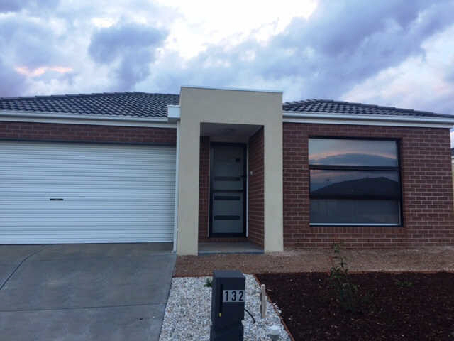 132 James Melrose Drive, Brookfield VIC 3338