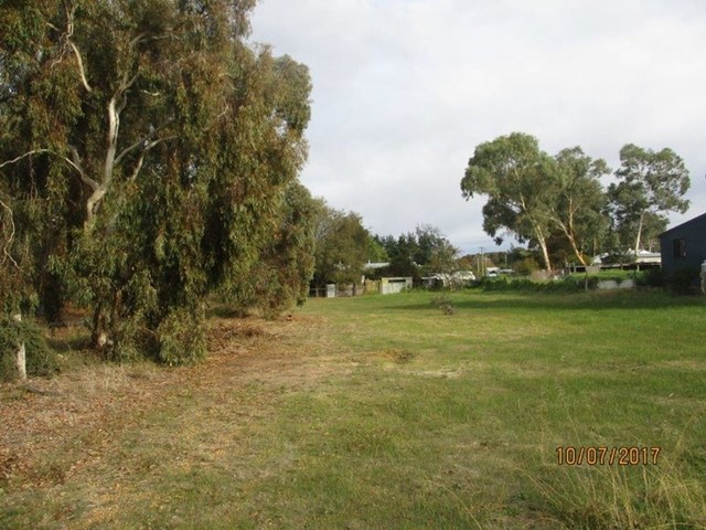 Lot 739 Sixth Avenue, Kendenup WA 6323