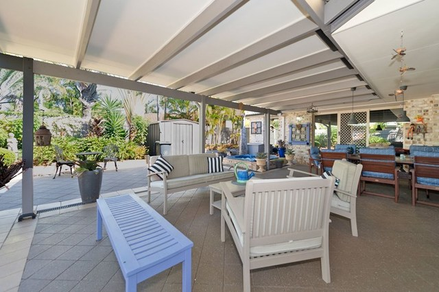 57 Martingale Circuit, Clear Island Waters QLD 4226