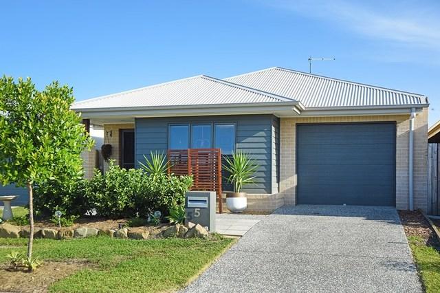 5 Teal Street, Caloundra West QLD 4551
