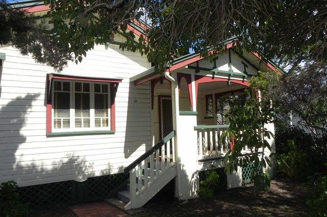 34 Short Street, Pittsworth QLD 4356