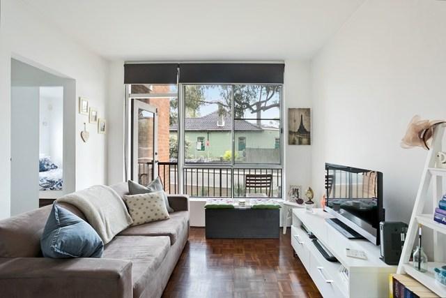 1/22 Helena Street, NSW 2040