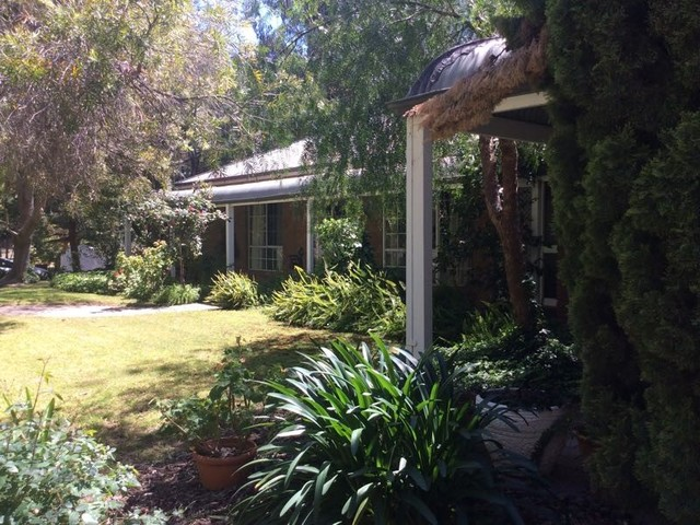 16 Barooga Road, Tocumwal NSW 2714