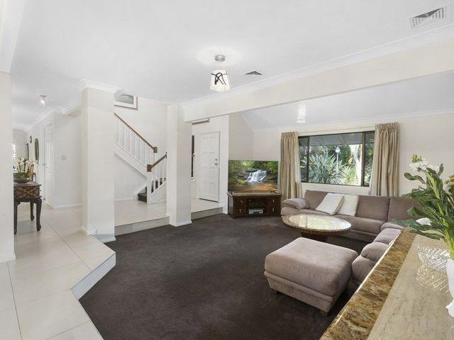 8 Timaru Close, Westlake QLD 4074