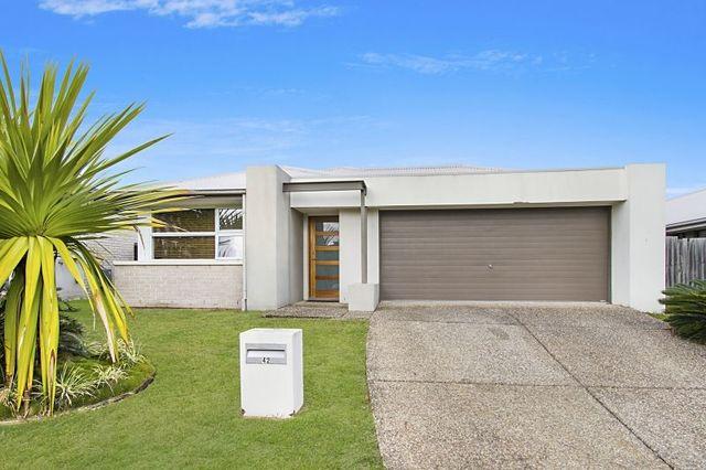 42 Collingrove Circuit, Pimpama QLD 4209