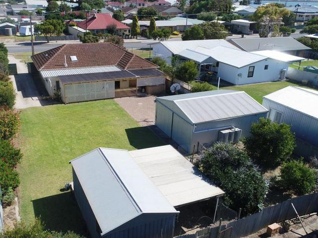 11 Curramulka  Road, Port Vincent SA 5581