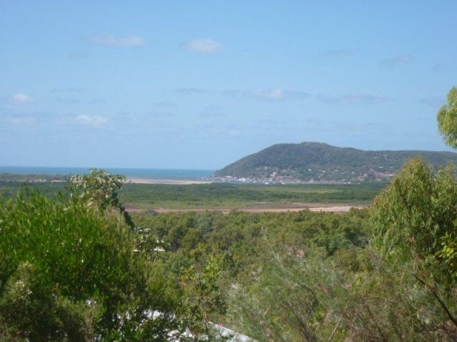 24 Harry Heathsclose, Cooktown QLD 4895