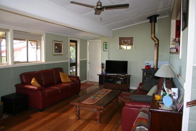 14 Hill St, Comboyne NSW 2429