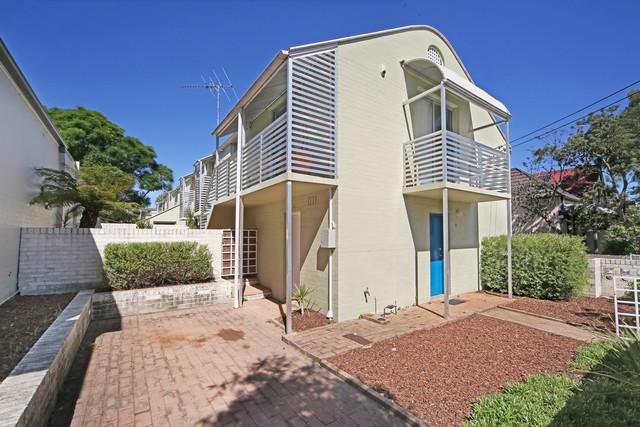 2/83 Edith Street, NSW 2040