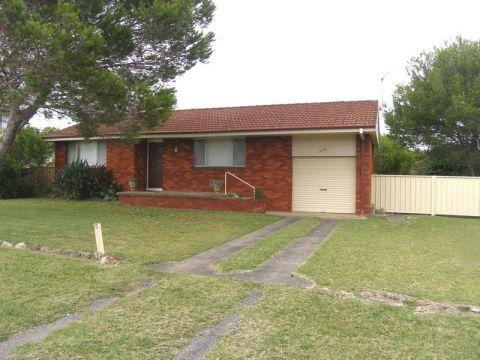 128 The Lake Circuit, NSW 2540