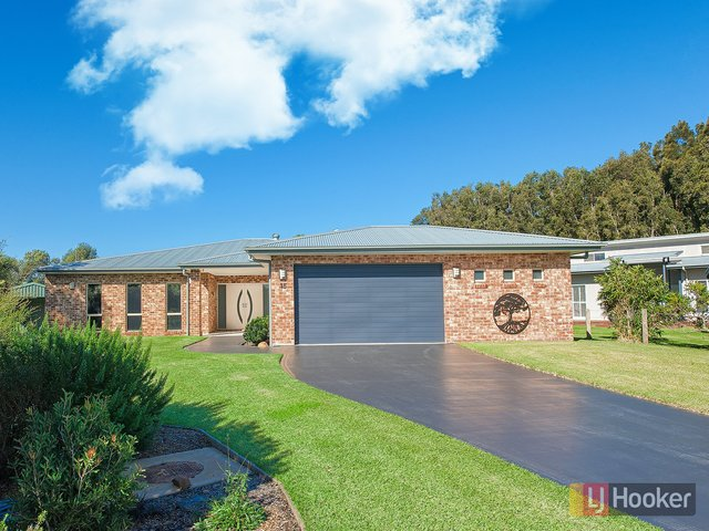 15 Echo Place, One Mile NSW 2316