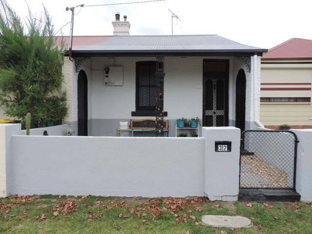 32 Wayo Street, Goulburn NSW 2580