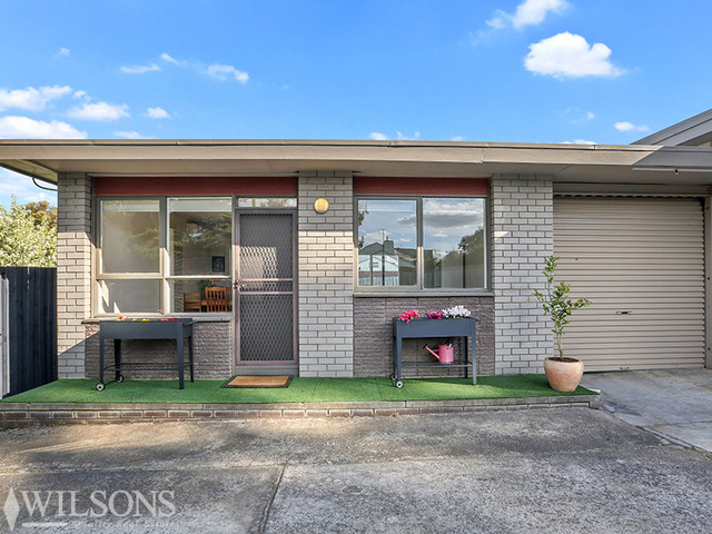 4/5 Cara Road, Highton VIC 3216