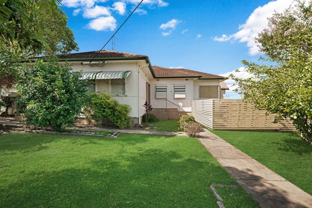 15 Ivor Street, Rutherford NSW 2320