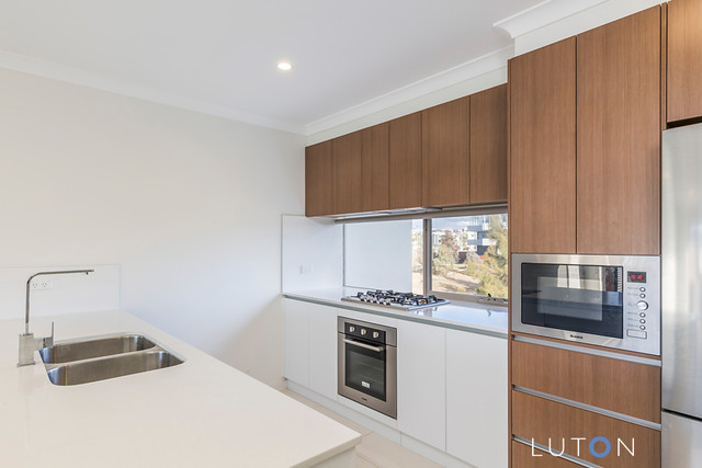 31/8 Henry Kendall Street, Franklin ACT 2913