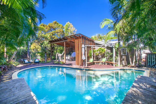 2 Cherrywood Close, Marcus Beach QLD 4573