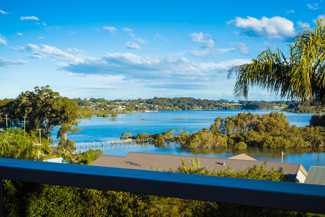 7 Alexander Place, North Narooma NSW 2546
