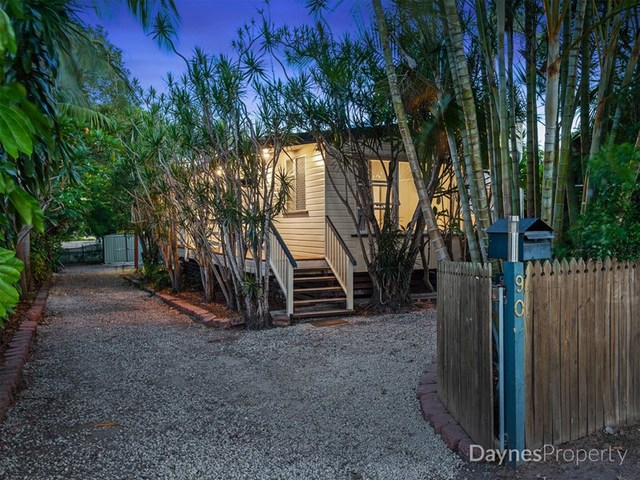90 Oxley Street, QLD 4110