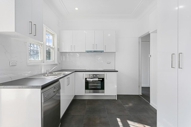 21 Taren Road, Caringbah NSW 2229