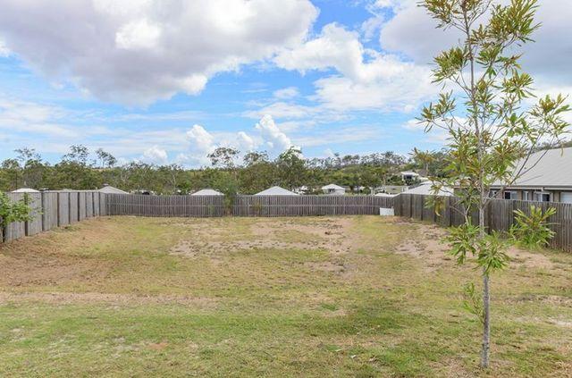 28 Clover Crescent, Boyne Island QLD 4680