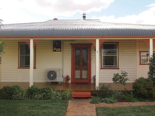 7 Cunningham Street, Condobolin NSW 2877