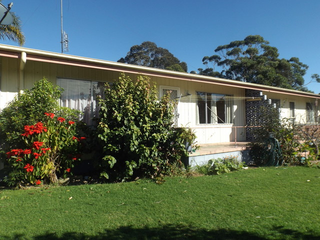 2/25-27 Sapphire Coast Drive, Merimbula NSW 2548