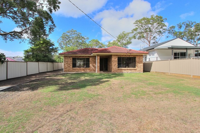 2 Hervey Street, Windermere Park NSW 2264