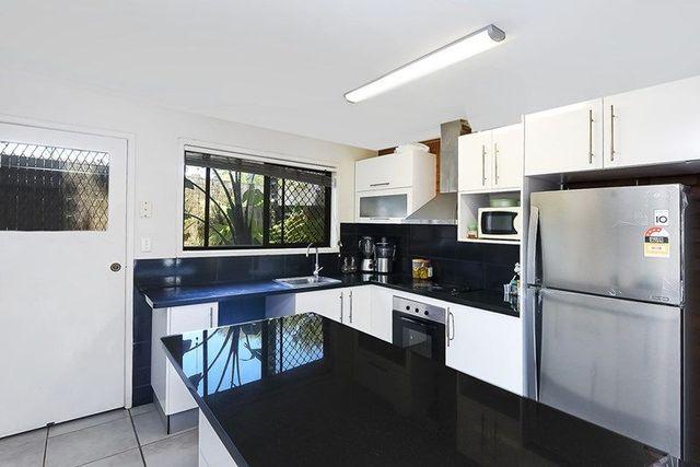 16/127 Barbaralla Drive, Springwood QLD 4127