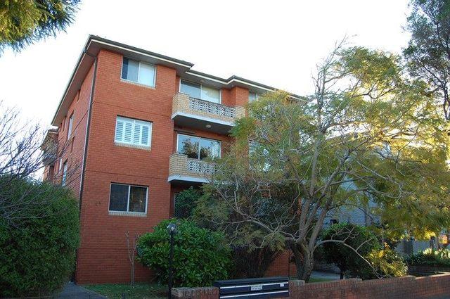 8/12 Keith Street, NSW 2203
