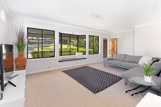 10 Milton Place, Frenchs Forest NSW 2086