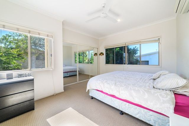 1/27 Government Road, Labrador QLD 4215