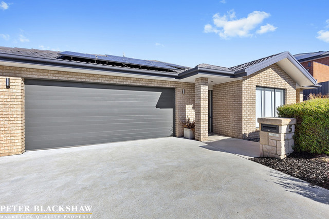 5 Don Bell Street, ACT 2914