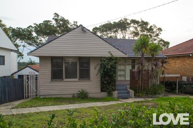 Northcott Drive, Adamstown Heights NSW 2289