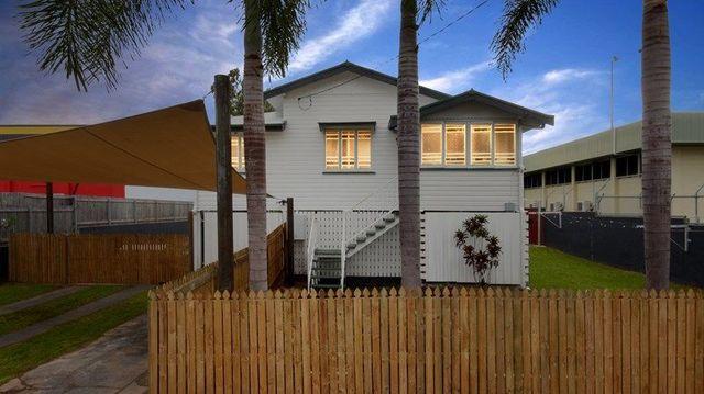 1 Hughes Street, Hermit Park QLD 4812
