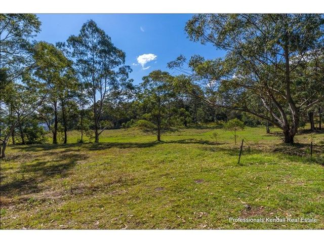905H Main Western Road, Tamborine Mountain QLD 4272