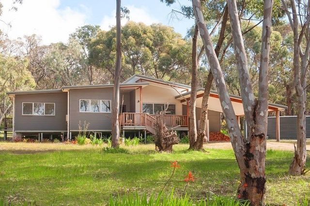 35 Cornerstone Way, Quedjinup WA 6281