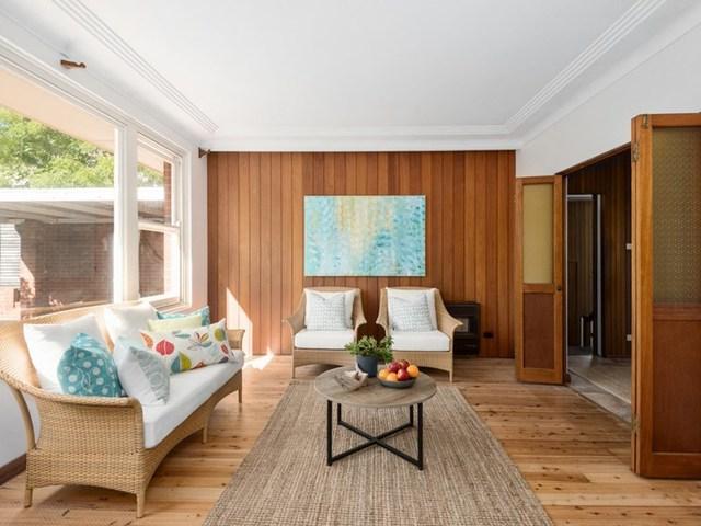37 Carpenter Crescent, Warriewood NSW 2102