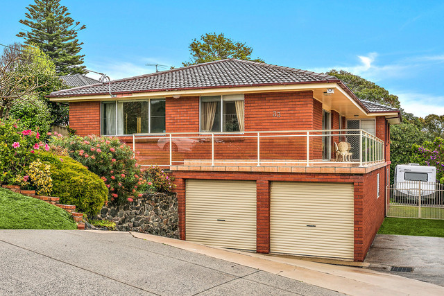 33 Eastern Avenue, Shellharbour NSW 2529