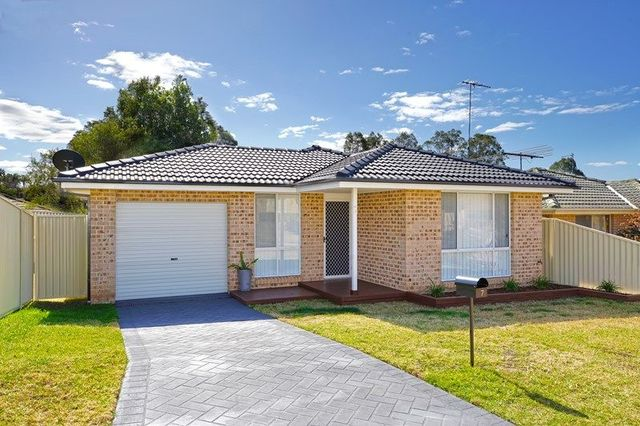 7 Spinosa Place, Glenmore Park NSW 2745