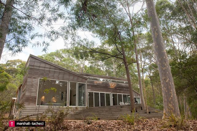 15 Alinjarra Place, Barragga Bay NSW 2546