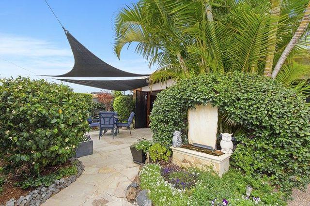 16 Nambur Street, Runaway Bay QLD 4216