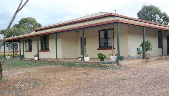 2001 Mangalo Road (Via Cleve) Mangalo, Cleve SA 5640